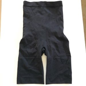 SPANX Shorts Size L Black High Waisted